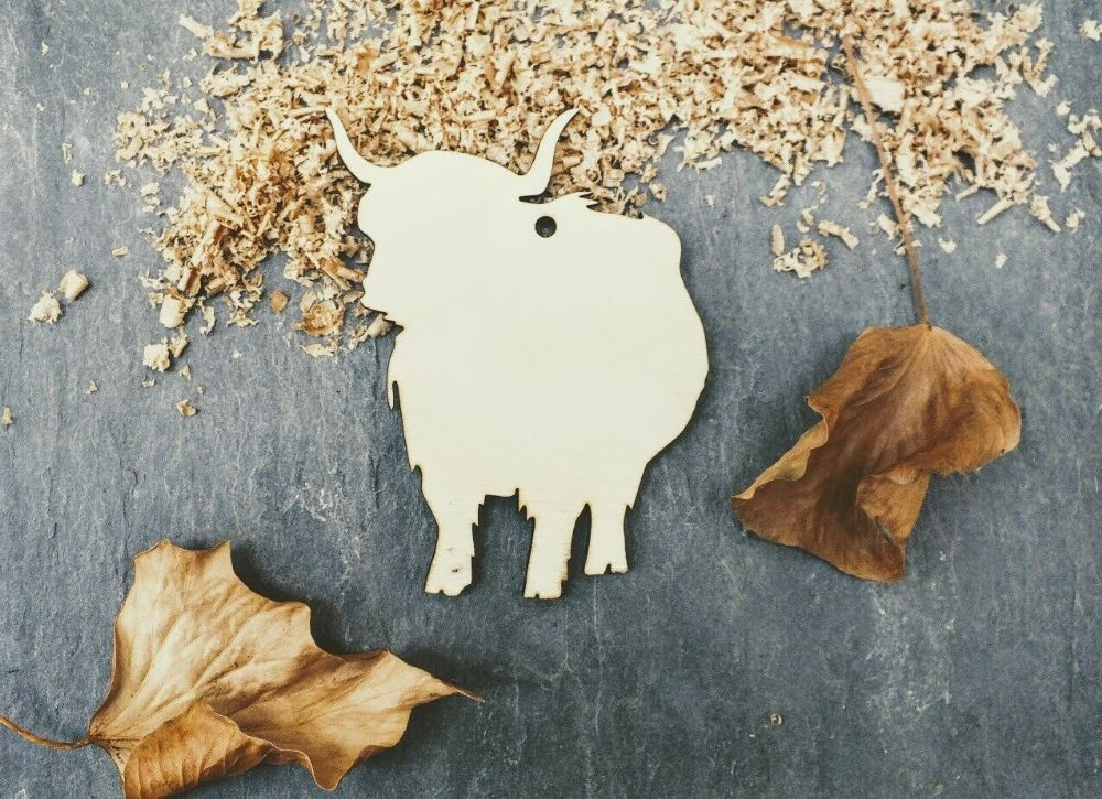 Laser 4mm Plywood Highland Cow Shapes, pack of 10